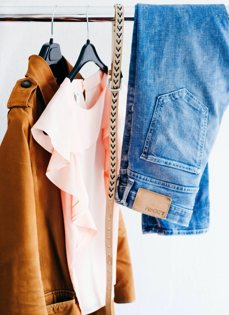 6 Ways to Declutter your Closet